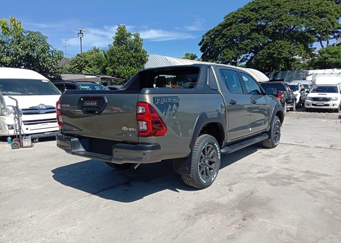 Used 9                     TOYOTA                      for Sale Image